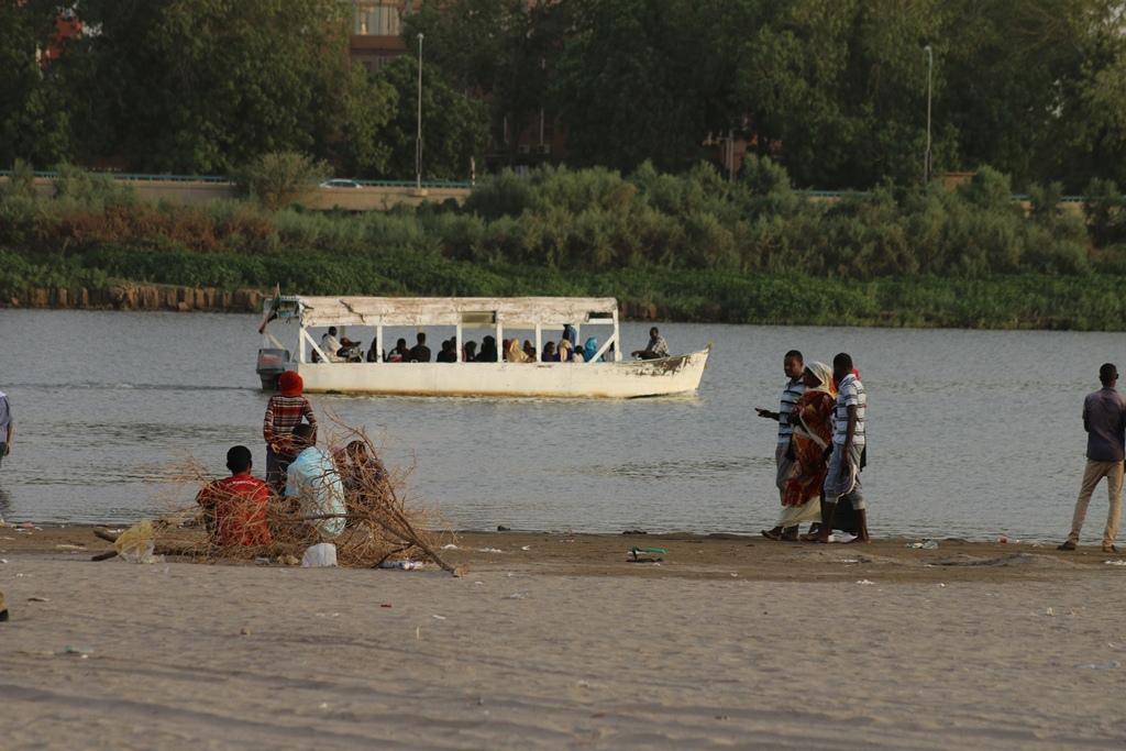 نقاشات وسائل الإعلام النيل: وضع السودان في الصورة
